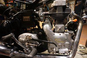 イギリス製ロイヤルエンフィールド ModelG キャブオーバーホールと錆取り