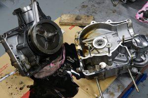 ロイヤルエンフィールド 旧型アイアンBULLET エンジンオーバーホール