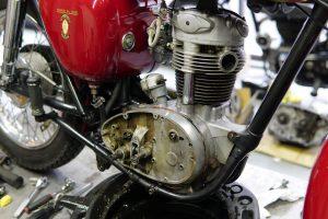 BSA C15 キック修理
