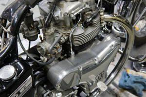 カワサキ W1SA エンジン不調の修理 キャブレター&ポイント