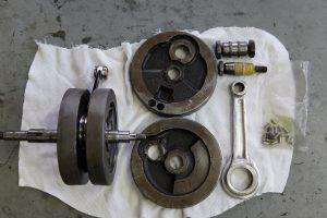 ロイヤルエンフィールドのエンジン修理