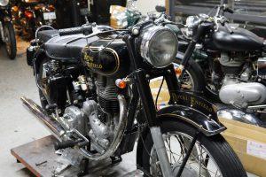 ロイヤルエンフィールドの中古車納車整備と、外装一式