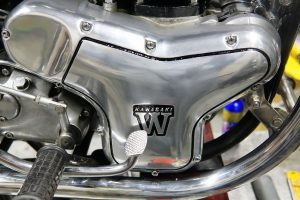 カワサキ W1SA 前後ブレーキオーバーホールとエンジンカバーお色直し