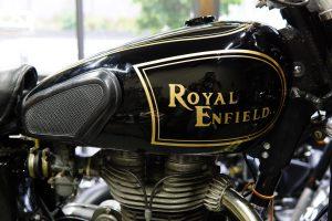ロイヤルエンフィールドの作業色々、車検やカスタムなどとラビットの修理