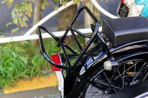 CB250ドリームのカフェレーサーカスタムの続きと、ロイヤルエンフィールドのリアキャリア装着