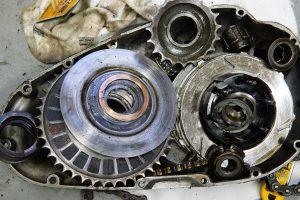 BSA B31のオイル漏れ&異音修理