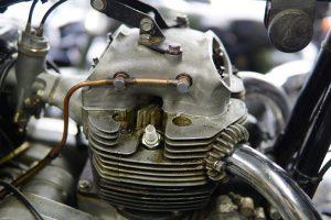 メグロK1のオイル漏れ修理